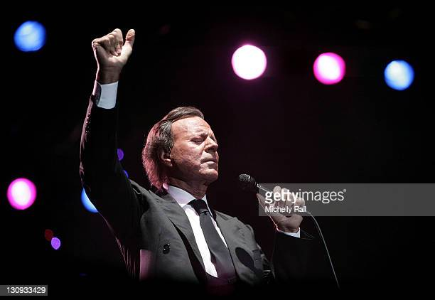 Singer Julio Iglesias performs live at the Constantia Uitsig Hotel and Spa on January 24 2008 in Cape Town South Africa