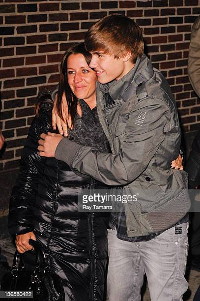 Singer Justin Bieber and mother Pattie Mallette visit the 'Late Show With David Letterman' taping at the Ed Sullivan Theater on January 31 2011 in...