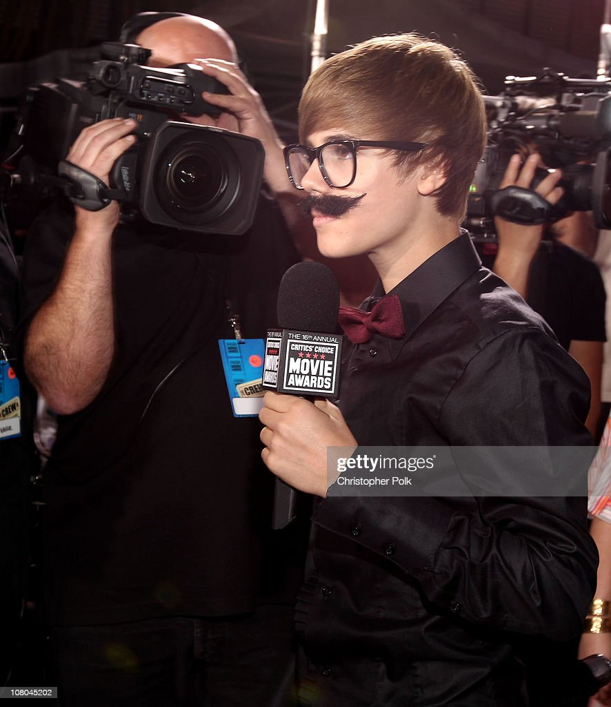 Singer Justin Bieber arrives at the 16th annual Critics' Choice Movie Awards at the Hollywood Palladium on January 14, 2011 in Los Angeles, California.