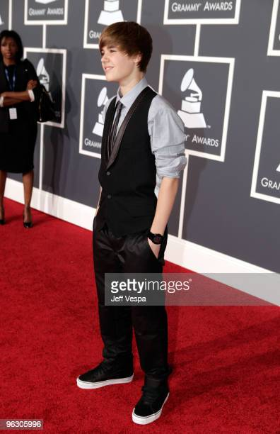 Singer Justin Bieber arrives at the 52nd Annual GRAMMY Awards held at Staples Center on January 31 2010 in Los Angeles California