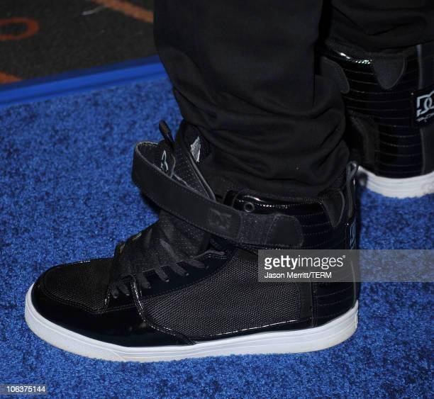 Singer Justin Bieber arrives at the Megamind Los Angeles Premiere at Mann Chinese 6 on October 30 2010 in Los Angeles California