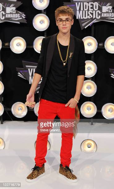 Singer Justin Bieber arrives at the The 28th Annual MTV Video Music Awards at Nokia Theatre LA LIVE on August 28 2011 in Los Angeles California