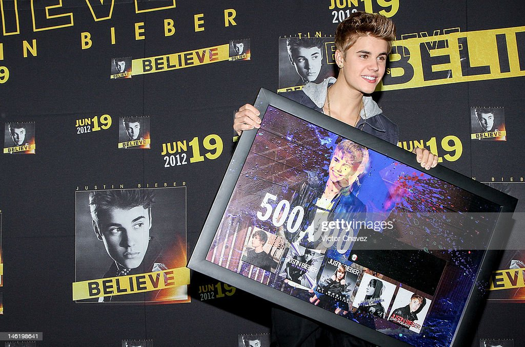 Justin Bieber Mexico City Press Conference : News Photo