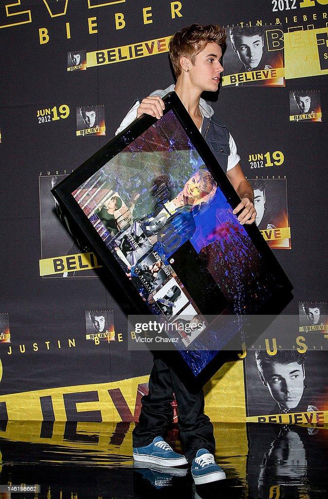 Justin Bieber Mexico City Press Conference : News Photo