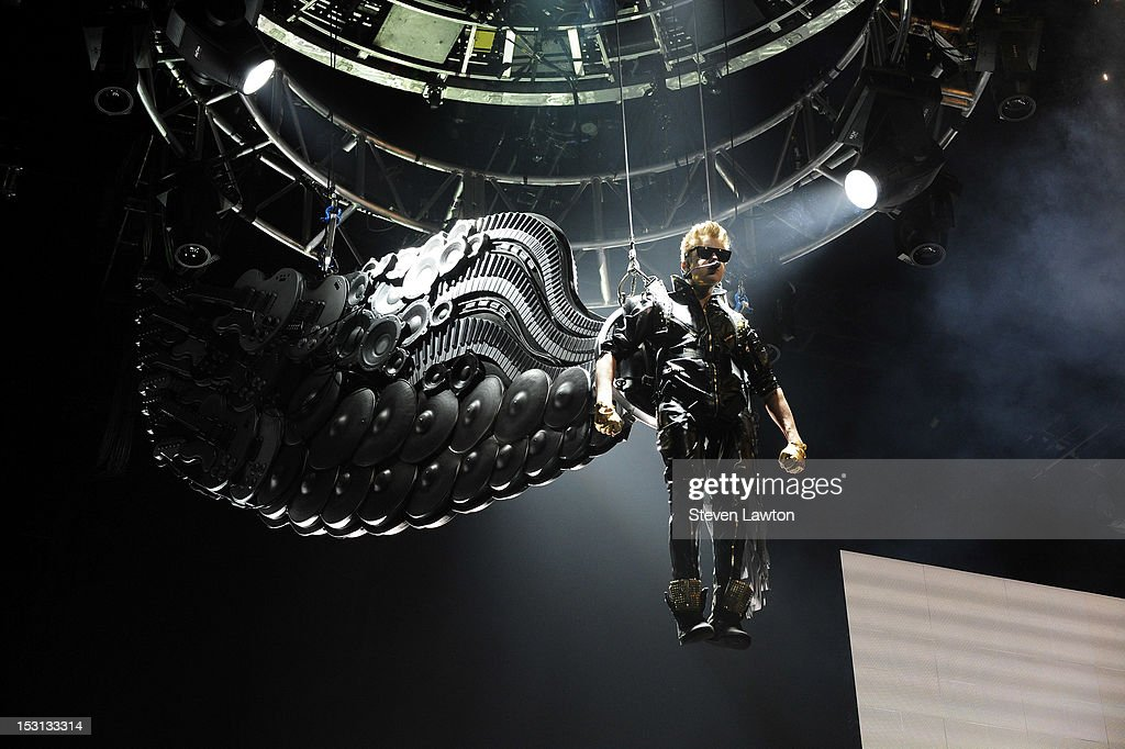Singer Justin Bieber performs at the MGM Grand Garden Arena as he tours in support of his new album, 'Believe' on September 30, 2012 in Las Vegas, Nevada.