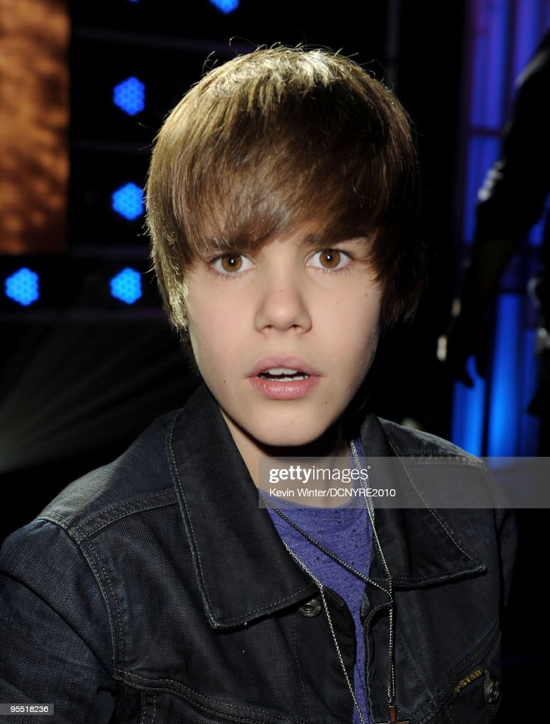 Singer Justin Bieber performs during Dick Clark's New Year's Rockin' Eve With Ryan Seacrest 2010 at Aria Resort & Casino at the City Center on December 31, 2009 in Las Vegas, Nevada.