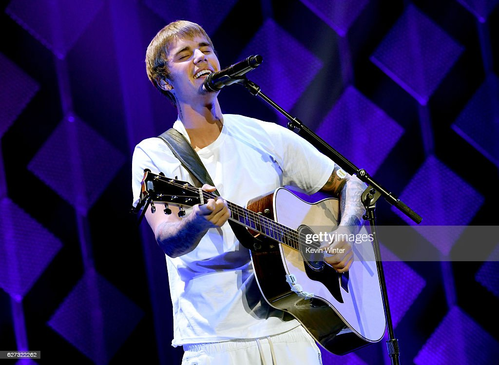 Singer Justin Bieber performs onstage during 102.7 KIIS FM's Jingle Ball 2016 presented by Capital One at Staples Center on December 2, 2016 in Los Angeles, California.