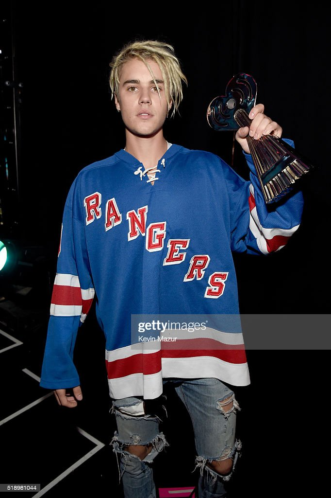 Singer Justin Bieber, winner of the award for Best Dance Song, poses backstage at the iHeartRadio Music Awards which broadcasted live on TBS, TNT, AND TRUTV from The Forum on April 3, 2016 in Inglewood, California.