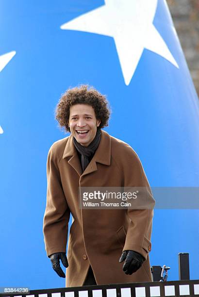 Singer Justin Guarini, of Doylestown, Pennsylvania waves to the crowd during the 6ABC/IKEA Thanksgiving Day Parade November 27, 2008 in Philadelphia,...