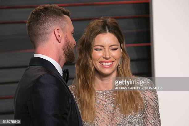 US singer Justin Timberlake and his wife US actress Jessica Biel pose as they arrive to the 2016 Vanity Fair Oscar Party in Beverly Hills California...