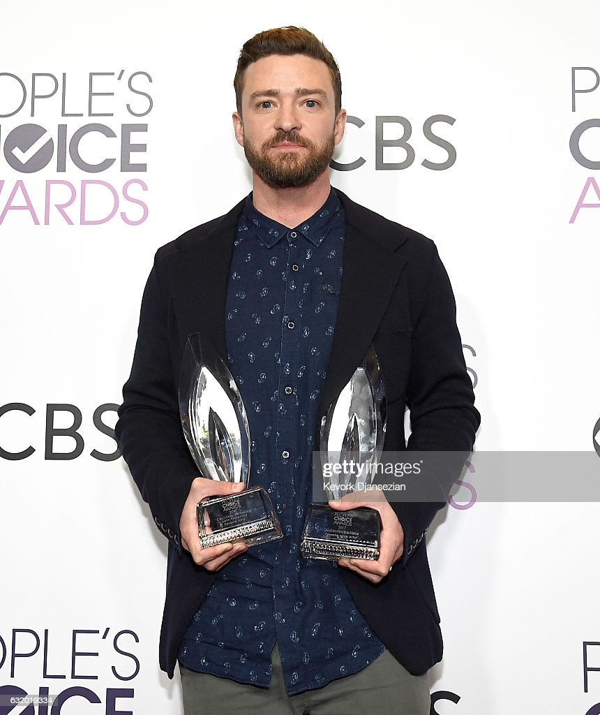 People's Choice Awards 2017 - Press Room
