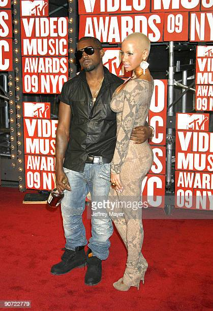 Singer Kanye West and Amber Rose attend the 2009 MTV Video Music Awards at Radio City Music Hall on September 13 2009 in New York City