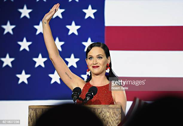 Singer Kary Perry speaks at Democratic presidential nominee Hillary Clinton's election night party at Javits Center on November 8 2016 in New York...