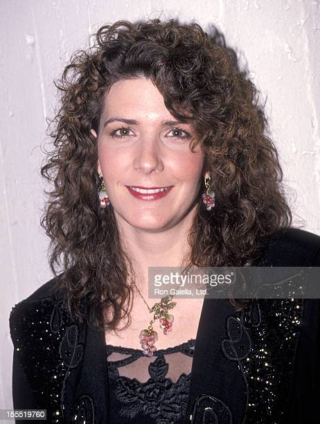 Singer Kathy Mattea attends the United Cerebral Palsy Telethon on January 20 1990 at the Ed Sullivan Theatre in New York City