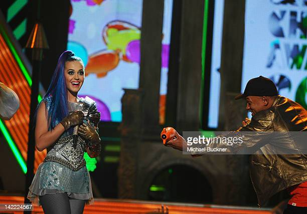 Singer Katy Perry and host Will Smith speak onstage at Nickelodeon's 25th Annual Kids' Choice Awards held at Galen Center on March 31 2012 in Los...