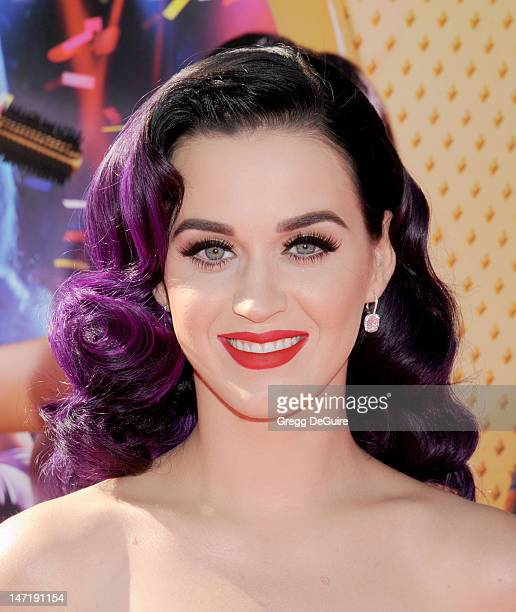 Singer Katy Perry arrives at Katy Perry Part Of Me Los Angeles Premiere at Grauman's Chinese Theatre on June 26 2012 in Hollywood California