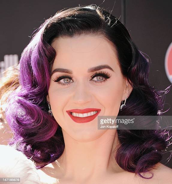 Singer Katy Perry arrives at Katy Perry Part Of Me premiere at Grauman's Chinese Theatre on June 26 2012 in Hollywood California The premiere also...