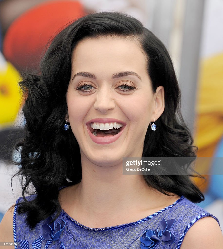 Singer Katy Perry arrives at the Los Angeles premiere of 'Smurfs 2' at Regency Village Theatre on July 28, 2013 in Westwood, California.