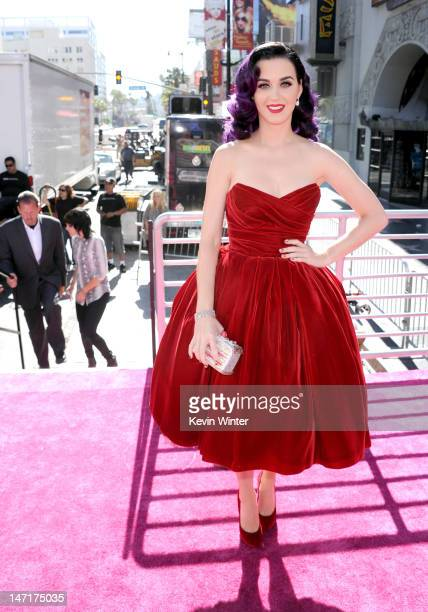 """Singer Katy Perry arrives at the premiere of """"Katy Perry: Part Of Me"""" at Grauman's Chinese Theatre on June 26, 2012 in Hollywood, California. The..."""