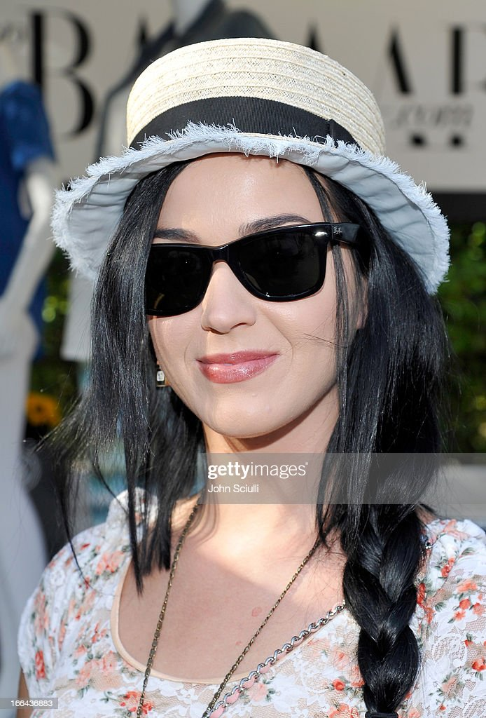 Singer Katy Perry attends Harper's BAZAAR Coachella poolside fete at the Parker Palm Springs on April 12, 2013 in Palm Springs, California.