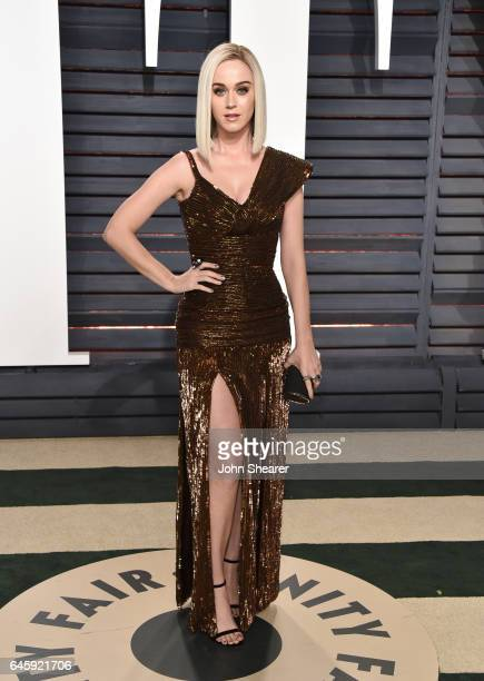 Singer Katy Perry attends the 2017 Vanity Fair Oscar Party hosted by Graydon Carter at Wallis Annenberg Center for the Performing Arts on February...