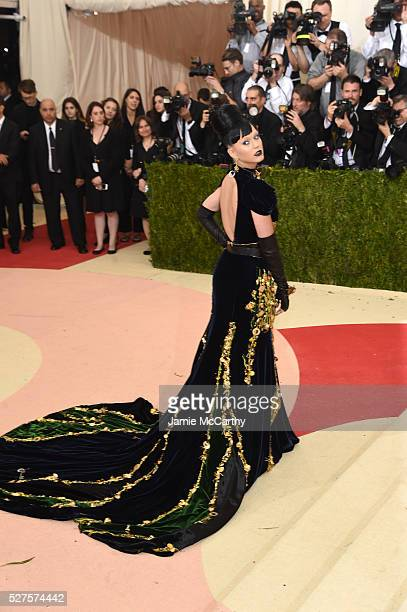 Singer Katy Perry attends the 'Manus x Machina Fashion In An Age Of Technology' Costume Institute Gala at Metropolitan Museum of Art on May 2 2016 in...