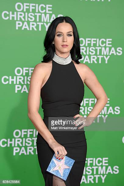 """Singer Katy Perry attends the premiere of Paramount Pictures' """"Office Christmas Party"""" at Regency Village Theatre on December 7, 2016 in Westwood,..."""