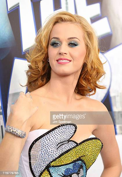 Singer Katy Perry attends the premiere of The Smurfs at the Ziegfeld Theater on July 24 2011 in New York City