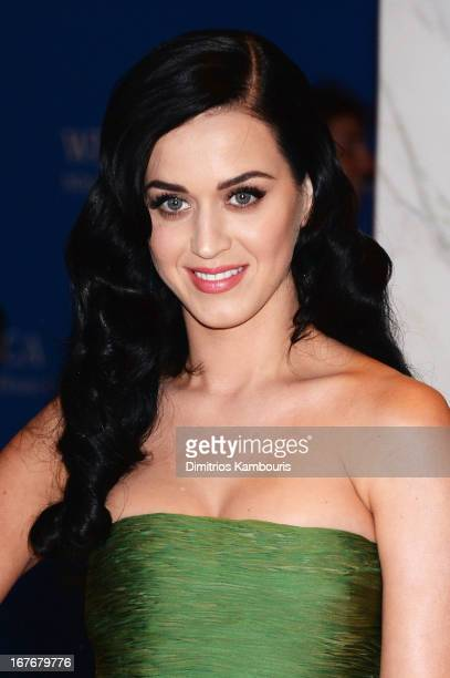 Singer Katy Perry attends the White House Correspondents' Association Dinner at the Washington Hilton on April 27 2013 in Washington DC