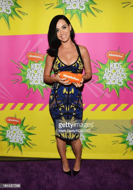 Singer Katy Perry holds the Kids' Choice Award for Favorite Female Singer backstage at Nickelodeon's 26th Annual Kids' Choice Awards at USC Galen...