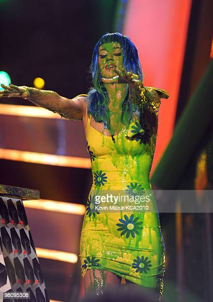 LOS ANGELES CA MARCH 27 **EXCLUSIVE COVERAGE** Singer Katy Perry onstage at Nickelodeon's 23rd Annual Kids' Choice Awards held at UCLA's Pauley...