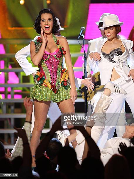 Singer Katy Perry onstage at the 51st Annual GRAMMY Awards held at the Staples Center on February 8 2009 in Los Angeles California