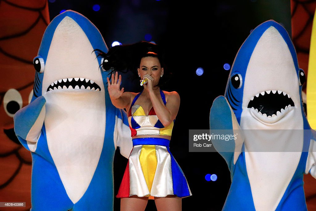 Singer Katy Perry performs with dancers during the Pepsi Super Bowl XLIX Halftime Show at University of Phoenix Stadium on February 1, 2015 in Glendale, Arizona.