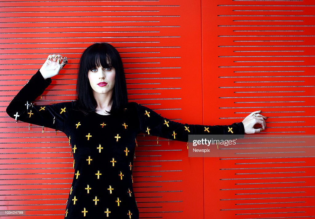 Singer Katy Perry poses during a portrait session at the Nova Studios on August 11, 2010 in Sydney, Australia.