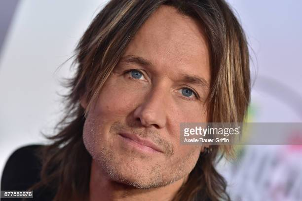 Singer Keith Urban arrives at the 2017 American Music Awards at Microsoft Theater on November 19 2017 in Los Angeles California