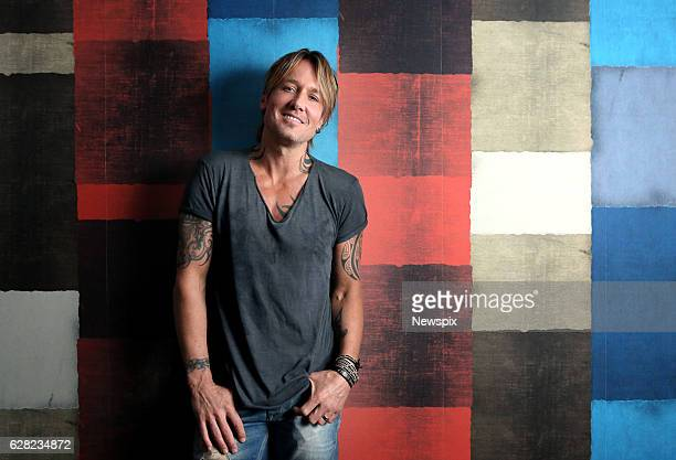 SYDNEY NSW Singer Keith Urban poses during a photo shoot in Sydney New South Wales
