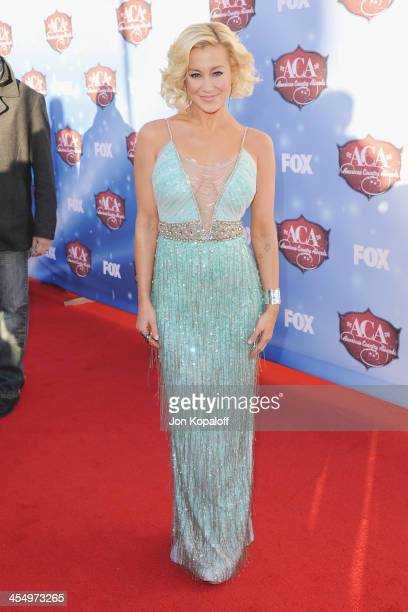 Singer Kellie Pickler arrives at the American Country Awards 2013 at the Mandalay Bay Events Center on December 10 2013 in Las Vegas Nevada