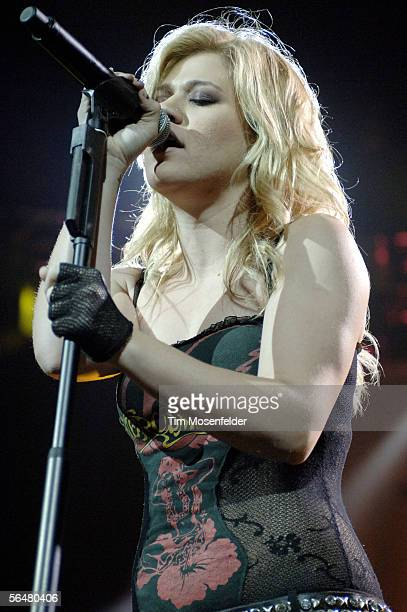 Singer Kelly Clarkson and her band perform part of Kelly's Breakaway World Tour at the HP Pavilion on December 21 2005 in San Jose California