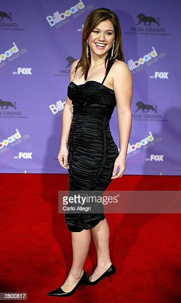 Singer Kelly Clarkson attends the 2003 Billboard Music Awards at the MGM Grand Garden Arena December 10 2003 in Las Vegas Nevada The 14th annual...