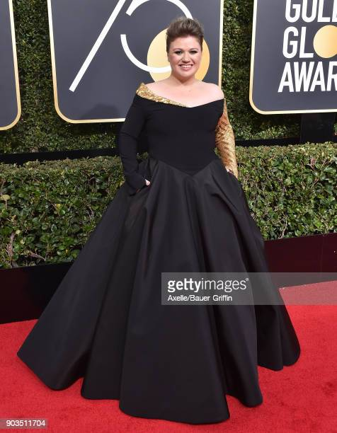Singer Kelly Clarkson attends the 75th Annual Golden Globe Awards at The Beverly Hilton Hotel on January 7 2018 in Beverly Hills California