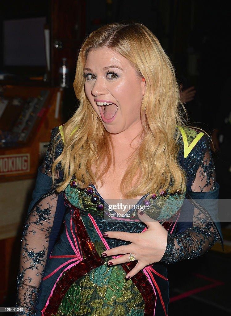 Singer Kelly Clarkson attends 'VH1 Divas' 2012 at The Shrine Auditorium on December 16, 2012 in Los Angeles, California.