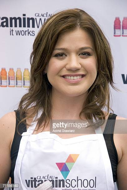 Singer Kelly Clarkson judges the VitaminSchool Recipe Contest on June 8, 2006 in New York City.