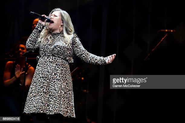 Singer Kelly Clarkson performs onstage during KISS 108's Jingle Ball 2017 presented by Capital One at TD Garden on December 10 2017 in Boston Mass
