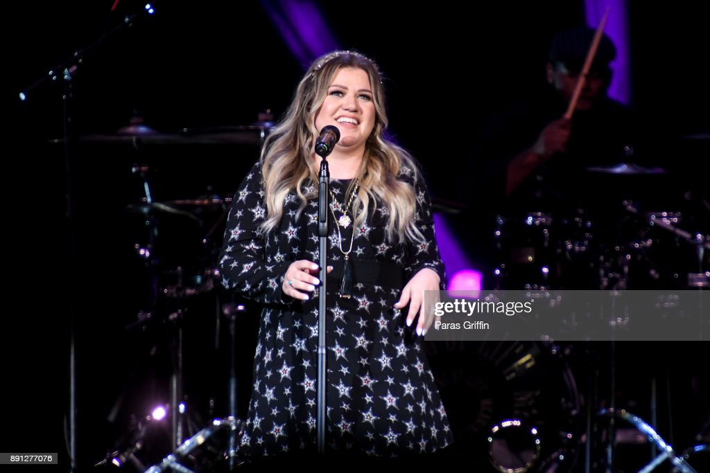 Star 94.1 Presents CHRISTMAS with Kelly Clarkson and Bleachers ...