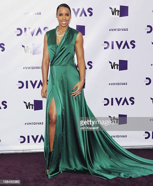 Singer Kelly Rowland arrives at the 'VH1 Divas' 2012 at The Shrine Auditorium on December 16 2012 in Los Angeles California