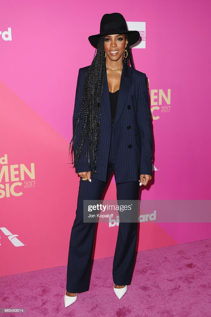Singer Kelly Rowland attends Billboard Women In Music 2017 at The Ray Dolby Ballroom at Hollywood & Highland Center on November 30, 2017 in Hollywood, California.