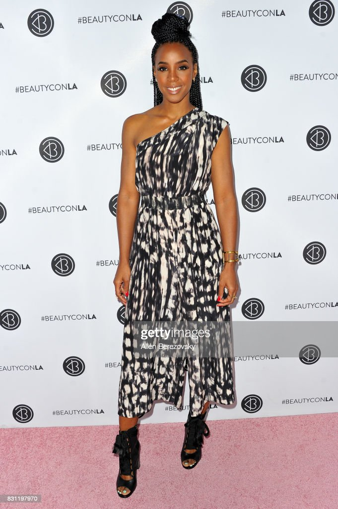 Singer Kelly Rowland attends the 5th Annual Beautycon Festival Los Angeles at Los Angeles Convention Center on August 13, 2017 in Los Angeles, California.