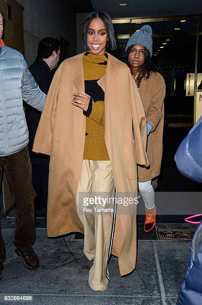 Singer Kelly Rowland leaves the 'Today Show' taping at the NBC Rockefeller Center Studios on January 25 2017 in New York City