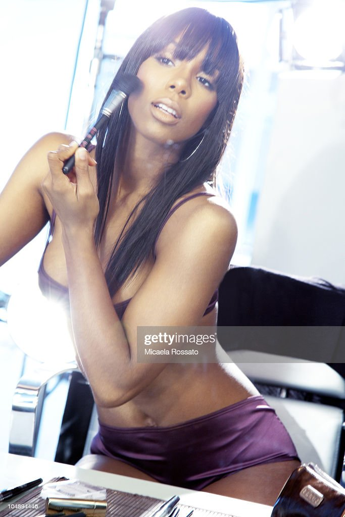 Kelly Rowland, Complex, October 1, 2010 : News Photo