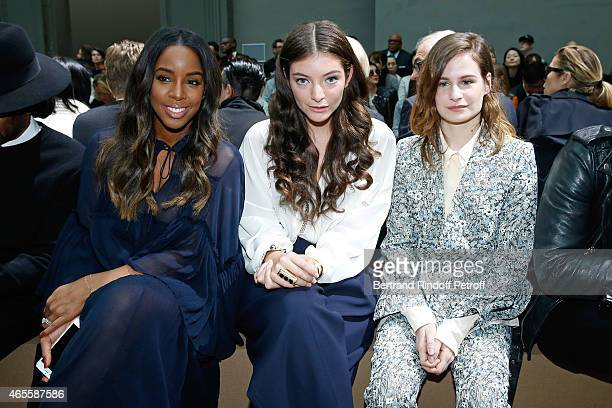 Singer Kelly Rowland Singer Lorde and Singer Heloise Letissier from Group 'Christine and the Queens' attend the Chloe show as part of the Paris...